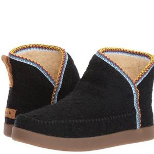 Sanuk Women's Bootah Boots
